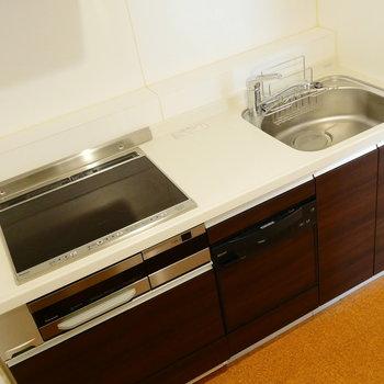 3口IHにグリル、食器洗浄機までついてまっす!