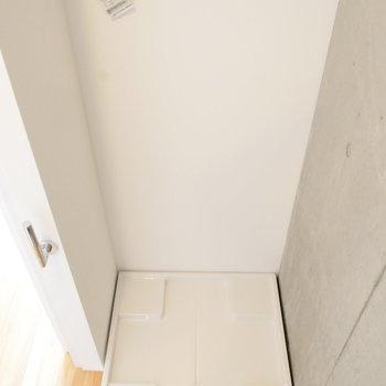 洗濯機置場も脱衣所にありますよ。※写真は前回募集時のものです