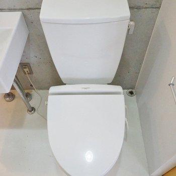 トイレと洗面は同室、※写真は前回募集時のもの。
