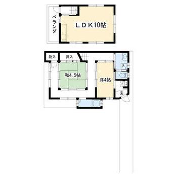 廊下に囲まれた和室が素敵。