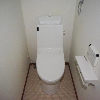 トイレも機能的♪