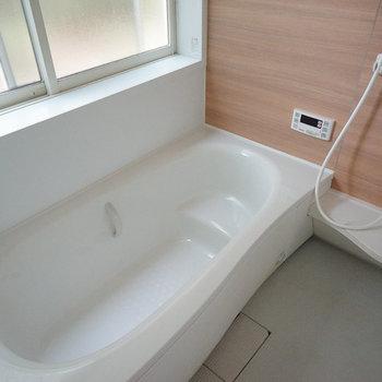 お風呂も豪華ですね!