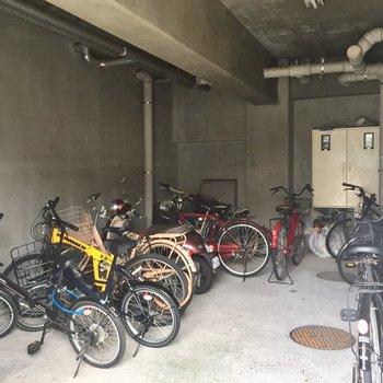 駐輪場もありました