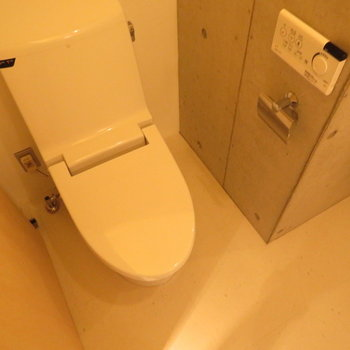 温水洗浄便座はマストです