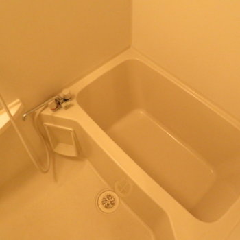 お風呂もきれいですね