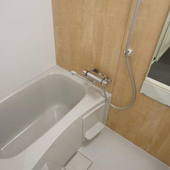 お風呂も新品に♪(同間取り別部屋の写真です)
