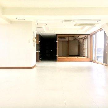 真っ白な空間が気持ちいい。