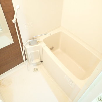 お風呂はうれしい追い焚き付き。