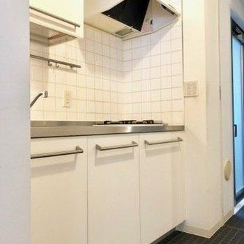 キッチンスペースは充分。※写真はクリーニング前のものです。