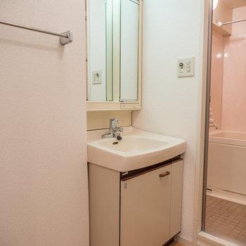 独立洗面台は普通ですね※写真は前回募集時のものです。