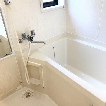窓付きの浴室はしっかり換気ができます!