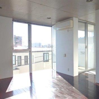 南向きの変わった部屋 ※写真は同間取り 4階の別部屋です。