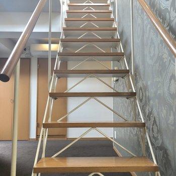 上階に上がります。