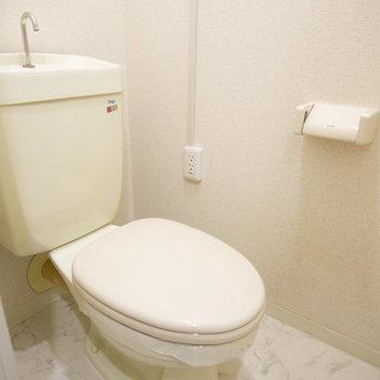 トイレもシンプル綺麗。