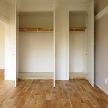 収納も大容量のクローゼットに!※写真は同間取り同階、別部屋のものです。