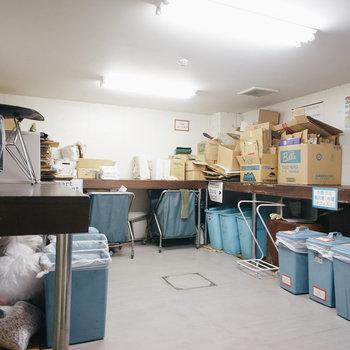 建物内にゴミ置き場あります。
