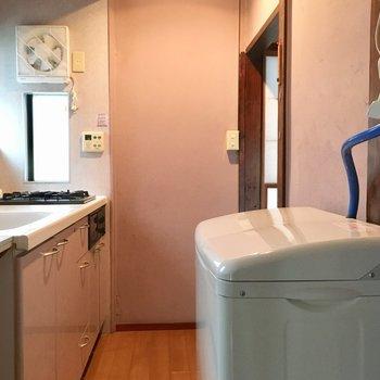 2層式の洗濯機が付いておりました!