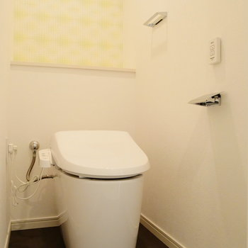 個室トイレはタンクレスでスッキリ。※写真は前回募集時のものです。