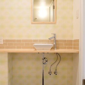 独立洗面台はかわいく。※写真は前回募集時のものです。