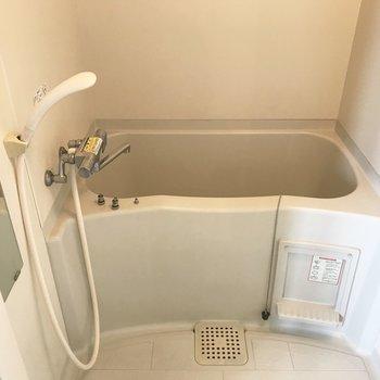 お風呂もありますよ※写真は同間取り別部屋です
