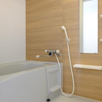 お風呂もお部屋の雰囲気とマッチ