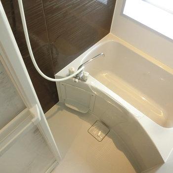 バスルームはシンプルに
