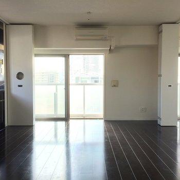 最上階で贅沢なお部屋 ※写真は13階の同間取りのお部屋です。