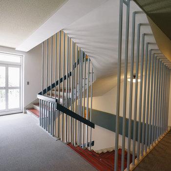 階段がかっこいいです◎