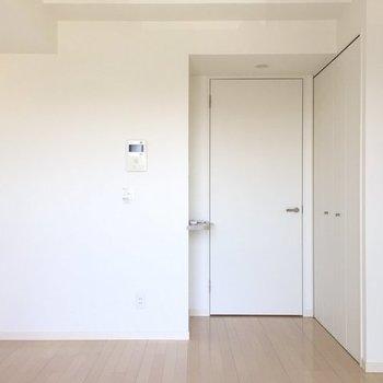 シンプル!※写真は3階の同間取り別部屋です