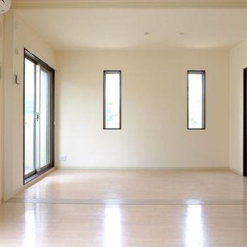 窓も可愛いですね!※写真は越部屋です