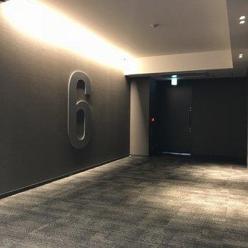 エレベーター前の空間
