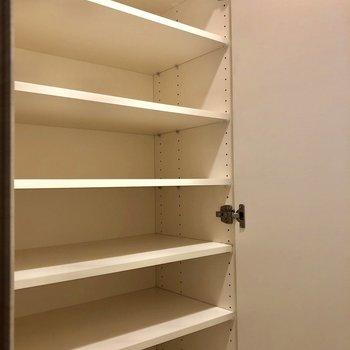 靴が沢山入りますよ〜※写真は1階同間取りの別部屋のものです