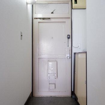 玄関しっかりスペースあります。