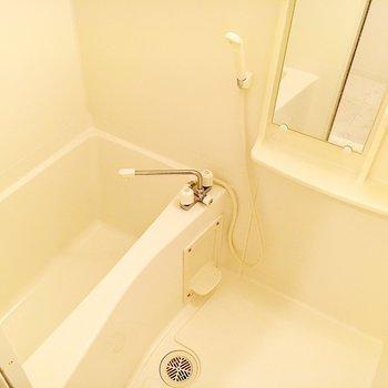 浴室乾燥機が付いているので雨の日も安心。