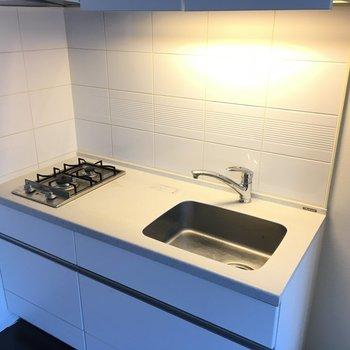 シンク広めです!自炊派の方、どんどんお料理しましょう〜※3階の同間取り別部屋の写真です