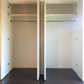 収納はこちらに。二面あるのが嬉しい。※3階の同間取り別部屋の写真です