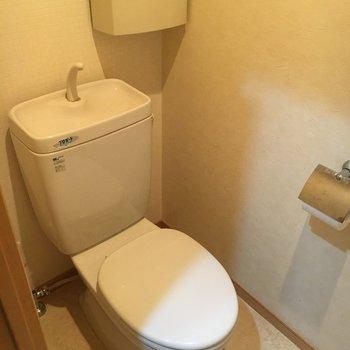 トイレは収納付きです。※写真は前回募集時のものです
