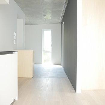 タイル側は・・・ ※写真は2階の似た間取り別部屋です。
