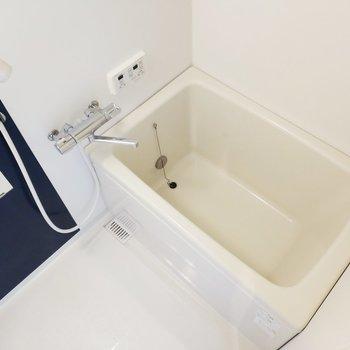 追炊も浴室乾燥機も付いてて機能的なお風呂!
