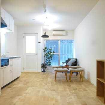 ひろーいワンルームなので家具配置はアレンジしがいあり!(※家具はイメージ)