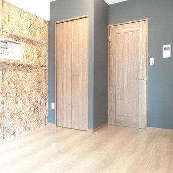 コルク壁がいい感じでしょ。※写真は以前工事したお部屋です。