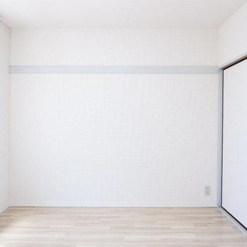 洋室は寝室に。※2階別部屋同間取りの写真です。