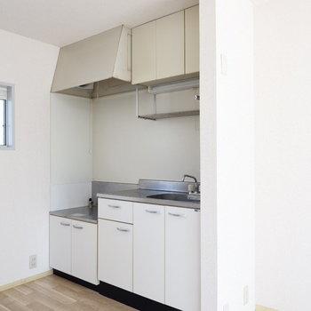 キッチン収納たっぷり◎※2階別部屋同間取りの写真です。