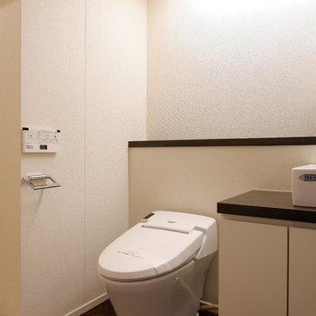 脱衣所に水回りはまとまってます。※写真は6階の反転似た間取り別部屋のものです