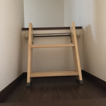 長い階段の後にもう一つ小さな階段があって、