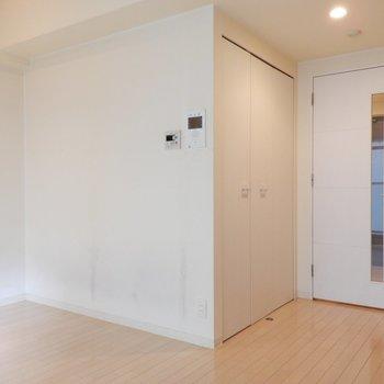 白を基調としたお部屋※写真はクリーニング前