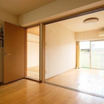 【工事前】今壁になっている部分を可動式の扉を付けますよ!