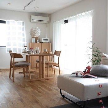 無垢床はどんな家具にも合いますね…※家具はイメージです