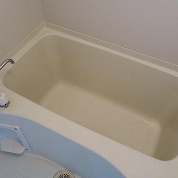お風呂は普通な感じ!