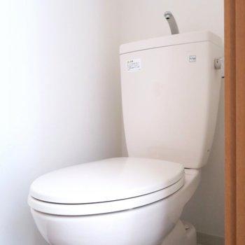 トイレはシンプルなタイプです。